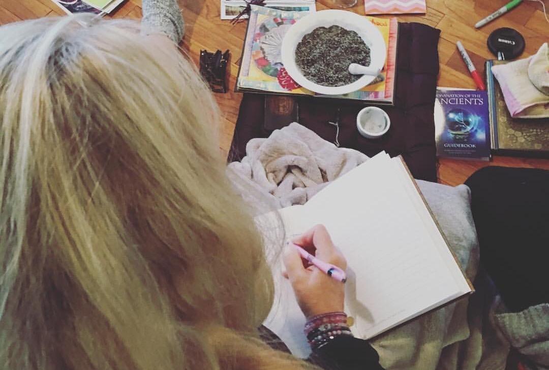 Auto conhecimento ~ o diário de gravidez